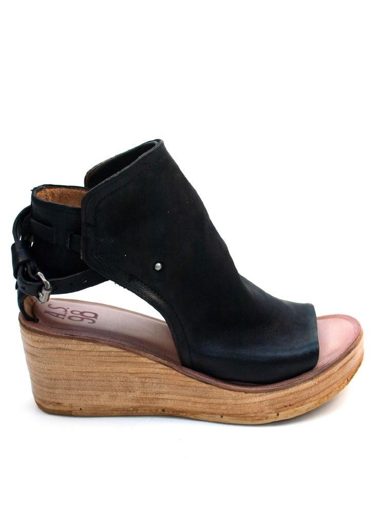 A. S 98 Sandal M Kile Hel